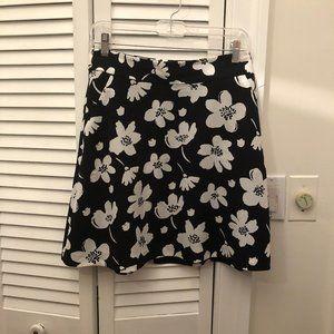 Ann Taylor skirt black and white floral motives